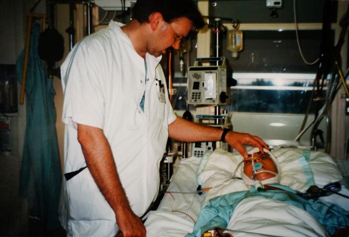 Bij een hersendode patiënt, juli 1997
