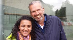 Met Maira Laeta bij het Natuurhistorisch Museum Rotterdam, juli 2015 (Foto: Kees Moeliker)